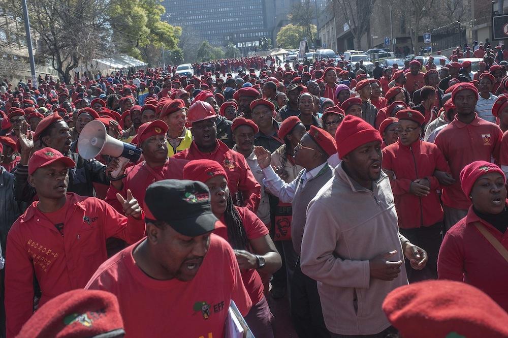 EFF MARCH TO LEGISLATURE IH 1