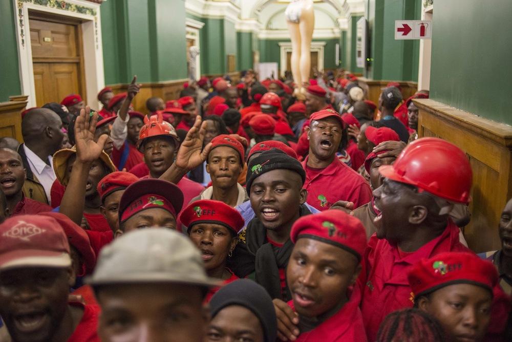 EFF MARCH TO LEGISLATURE IH 22