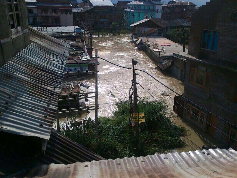 Kashmir flood 3 [Sheikh Yaqoob]