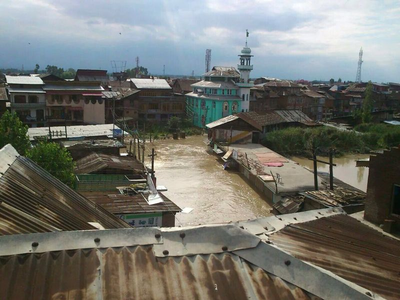 Kashmir under flood [Sheikh Farooq]