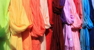 Head scarves hijab [wikimedia]