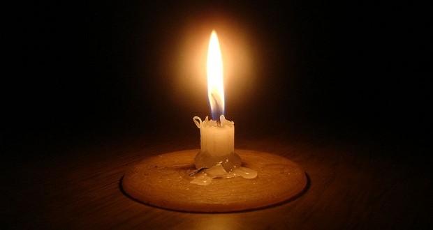 Loadshedding Wikipedia: Load Shedding Candle In The Dark [Flickr] [Wikimedia