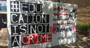 Wits wall fee protests [slider]