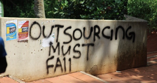 UKZN outsourcing protest Feb 2016 13 [slider]