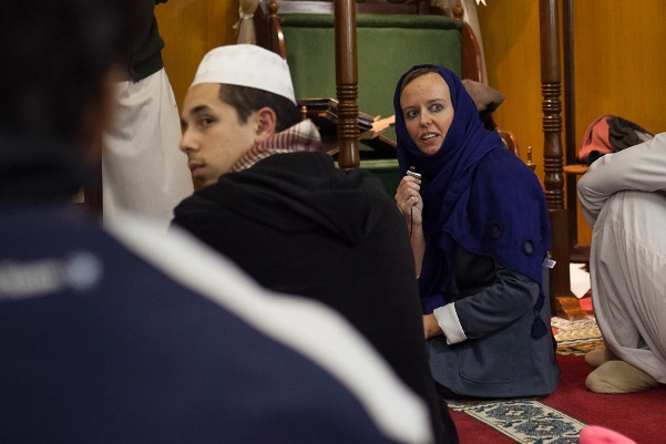 Rebecca-Davis-speaking at the Claremont Main Road Mosque