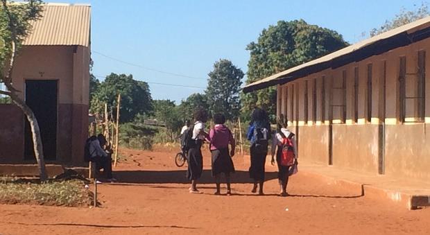 Schoolgirls in Chibuto, Mozambique