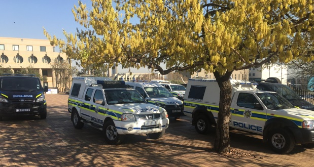 Police cars at Wits university [slider]