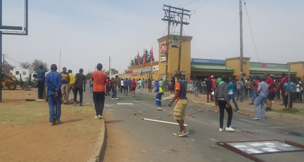 ul university of limpopo-protests-27-september-2016