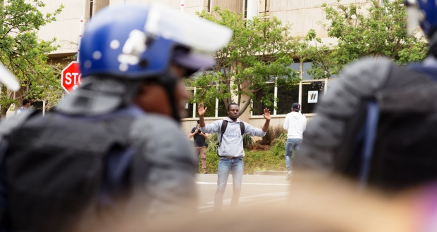 4-october-2016-feesmustfall-wits-10-of-46-yp-police
