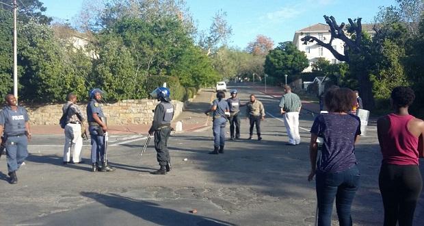 uckar-rhodes-police-featured-image