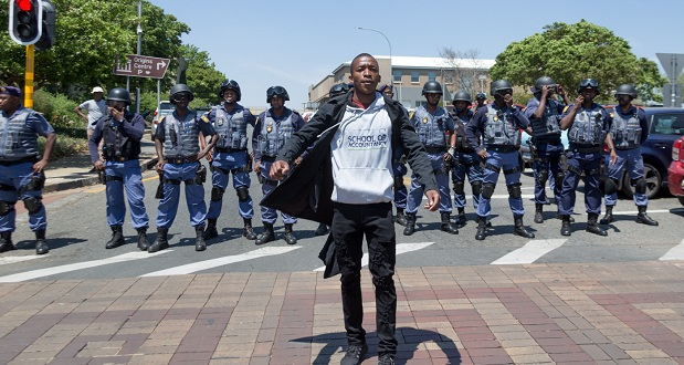 [slider] feesmustfall-wits-protest-yp