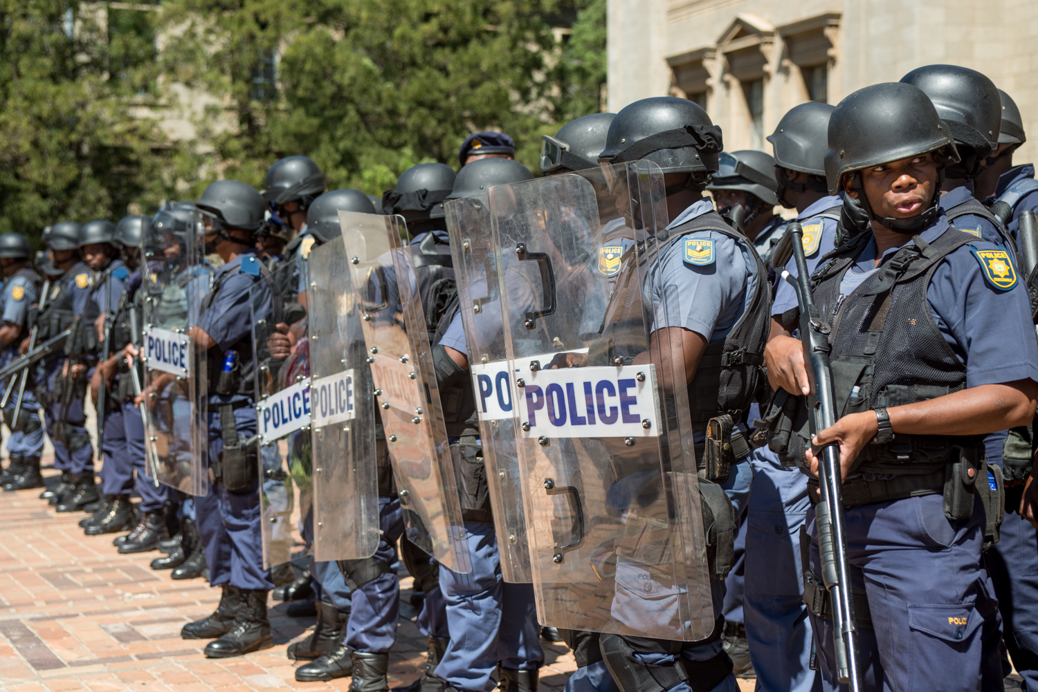 police-at-wits-feesmustfall-protests-october-2016-hl