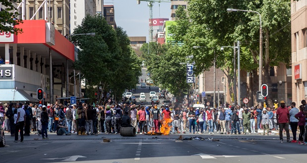 [slider] wits-feesmustfall-protest-braamfontein-10-october-2016-yp