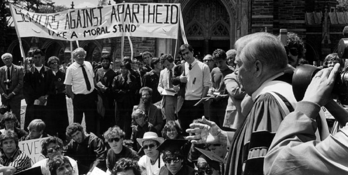 the protest against apartheid amandla Sixty years ago an estimated twenty thousand women marched to the union buildings in pretoria to protest against the so-called 'pass laws' with women coming in their numbers from all over the country, the 9th august 1956 proved to be a historic day, and one that changed the course of history.