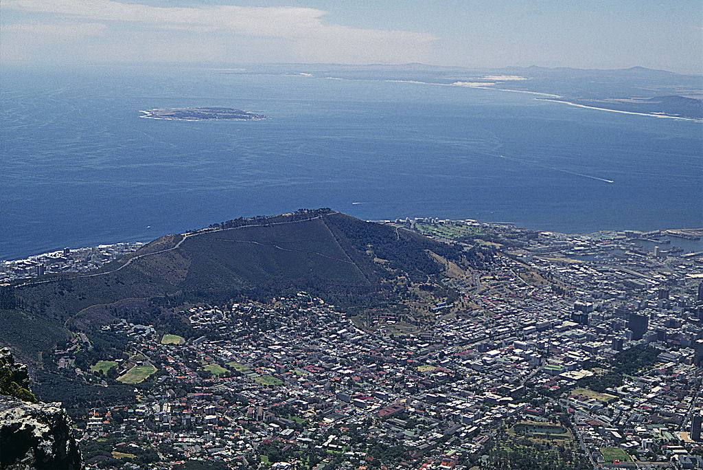 1024px-Robben_Island_from_Table_Mountain